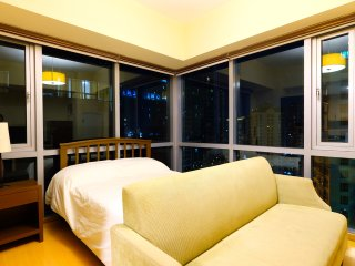 16A Corner Studio Unit in BGC