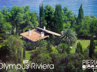 Moskoff Estate - Beach Villa next to Platamon Castle at Olympus Riviera
