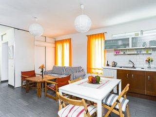 Loft apartment near Sagrada Familia - 4 pax