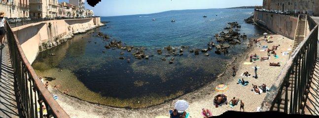 praia Calarossa 50 metros