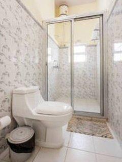 Iris (Deluxe Room - Bathroom)