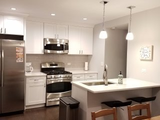 Professionally Remodeled 3-BR Townhouse!