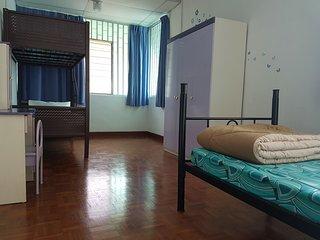 LPM 3 single bed+AC