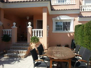 Welcome to Casa Feliz. In a quiet location near Carabassi beach. Gran Alacant