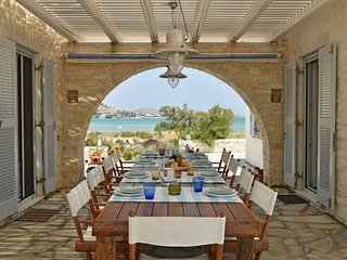 Private Beachfront Home Naoussa