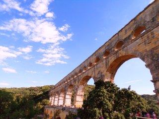 Appartement entier proche Avignon, Nimes et Pont du Gard