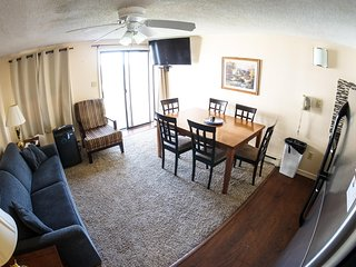 Summer Special:Renovated, Deluxe, ML#304; 2BR/2Bath Ski in/Out