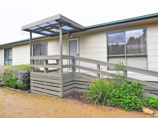 COOLIBAH COTTAGE - Inverloch, VIC