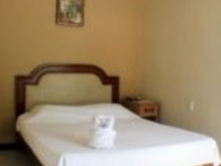 Hotel del Bosque - Standard Room 4, holiday rental in Quesada