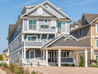 Oceans 24- 24 Bedroom Luxury Oceanfront Vacations Home w/ Cabana Service