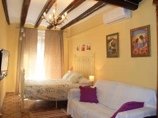 Habitación 2 a 4 pers.,cocina y baño privado, Ca La Victoria I
