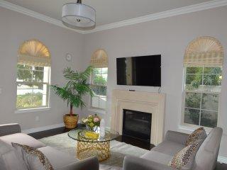 Luxury Home Near Mall &' Santa Anita Park