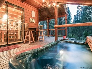 15% OFF MARCH SPECIAL-Thyme Out Lodge, private hot tub, wifi and pet friendly