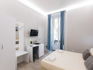 AFFITTACAMERE 4 ROOMS MILANO ROOM 1