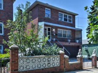 NEW! Modern 3BR Apartment in Heart of Bronx NY!