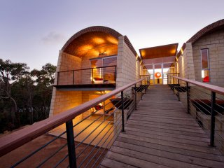 Fleets Escape - Flutes Estate - Wilyabrup, Margaret River - stunning!
