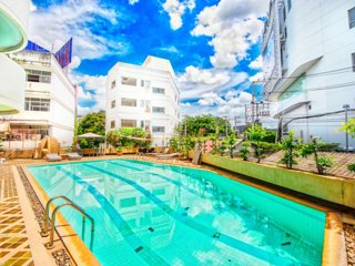 Downtown ninanamnam rd - Free Pool/ Wifi/ reception
