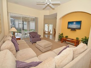 644MON. 6 Bedroom Pool Home Close To The Parks In DAVENPORT FL.