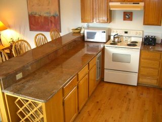 Perfectly Located  2 Bedroom  - WE11