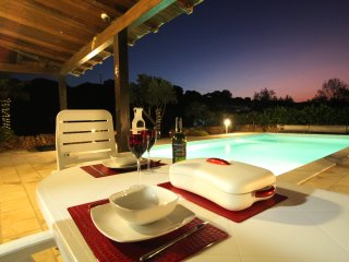 Casa Settimo Cielo - Romantic Getaway with large private pool exclusive use