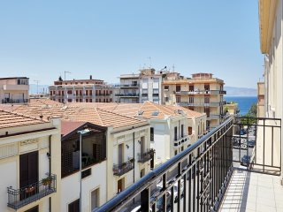 Reggio Calabria - Messina Strait View Apartment