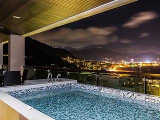 Seaview 3 bedroom luxury apartment on Kalim bay (Privilege)