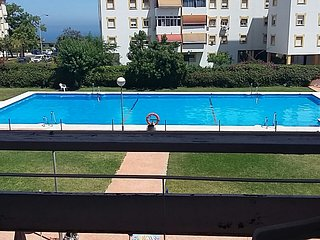 FANTASTIC FLAT IN TORREMOLINOS WITH SWIMMING POOL