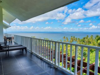 Amazing Ocean View Three Bedroom Apartment (I-301)