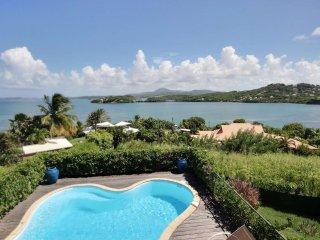 Bas de villa Gecko, 2 chambres, piscine, vue d'exception  ilets du Francois