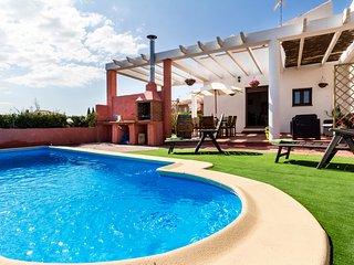 Hermosa villa espanola