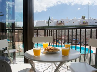 Apartamento Deluxe en Playa del Ingles + Wifi + Movistar fusion TV + Parking
