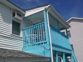 Two BDRM # C  Affordable Family 1block to beach- WiFi-Parking