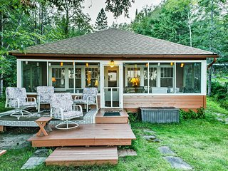 Lakefront Cabin w/ 32' Dock & Row & Paddle Boats!