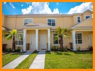 Serenity 6 - 5 star townhouse with private pool near Disney
