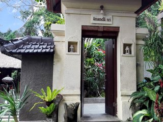 Villa Ananda Sri, A Villa with Private Pool