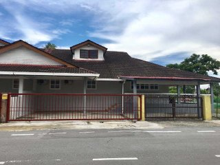 Kuching Guesthouse Singgah Selesa A