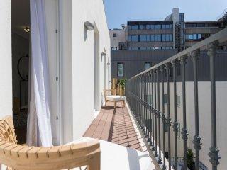 Spacious Luxurious Liberdade II apartment in Avenida da Liberdade with WiFi, air