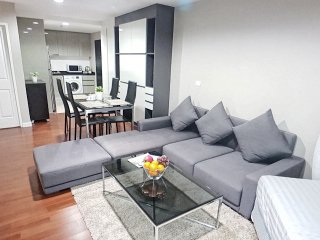 SUPER SUPREME 2BR PLUS+/WIFI/BIGGEST POOL/MRT