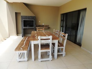 Apartment To Let: Uvongo, Margate, KwaZulu Natal 2060699 / JPGG-2599