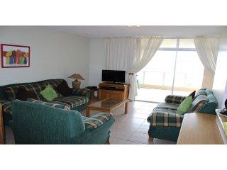 Apartment To Let: Margate, Margate, KwaZulu Natal 1933654 / JPGG-2377