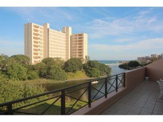 Apartment To Let: Margate, Margate, KwaZulu Natal 1453329 / JPGG-1084