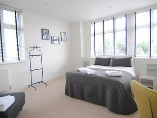City Stay London - Chic Penthouse 3 Beds Apartment near Big Ben