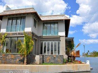 Villa on the West Island Resort
