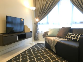 KL Sentral Luxury Residences with SKY POOL -unit D