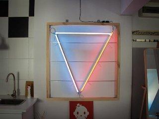 Neon Apartament
