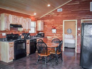 Firefly Cabins at Winkley Shoals #8E