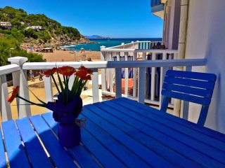 Begur/Sa Riera: cosy apartment in front of the beach in a peatonal area