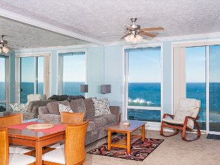 Ocean's Melody - Oceanfront Condo, Hot Tub, Indoor Pool, Wifi & More!