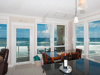 Bella Vista - 3rd Floor, Corner Oceanfront Condo, Private Hot Tub, Indoor Pool!