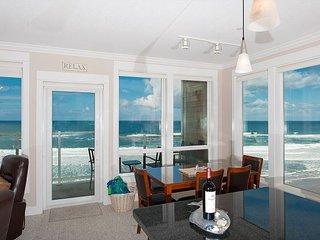 Bella Vista - 3rd Floor, Corner Oceanfront Condo, Private Hot Tub, Indoor Pool!